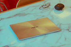 ASUS ZENBOOK S13 UX392 (Rodel Flordeliz) Tags: asus ph laptop ux392 zenbook s13 slimmest ultrabook