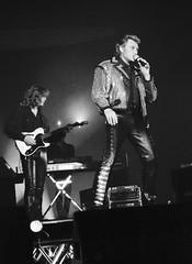 Johnny Hallyday au Palais des Sports de Paris en 1994. (stéphanehébert) Tags: tmax 3200 tmz concert johnny hallyday palais sports 1994 pentax z1 silverfast sport paris privée mammouth hypermarché live rock scène stage dxo photolab