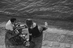 les déambulations photographiques d'un promeneur solitaire  Ile Saint Louis-9448 (letexierpatrick) Tags: noiretblanc noirblanc noir black white blanc bw blackandwhite monochrome paris france europe extérieur explore eau seine fleuve duo nikon nikond7000