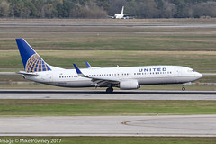 N26226 - 1998 build Boeing B737-824, arriving on Runway 08R at Houston (egcc) Tags: 0226 171 28935 b737 b737800 b737824 b737ng boeing bush houston iah intercontinental kiah lightroom n26226 staralliance texas ua ual united unitedairlines