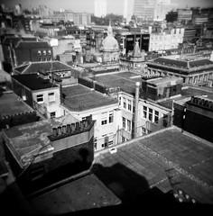 (jadefrancesphoto) Tags: holga 120 film 120mm medium format bnw blackandwhite square scotland scottishphotographer streetphotography summer scottish glasgow glasgowwestend glasgowphotographer monochrome vignette lomography lomographyfilm