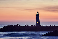 Walton_Lighthouse_5 (3) (amymedina.photoart) Tags: seascape sea ocean water waves blue coastal coast nautical shore oceanic santacruz california beams rays sun clouds heavenly sunset seascapes landscapes lighthouse