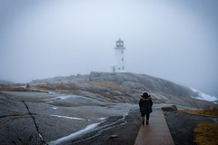 The Jeva in Peggy's Cove (Esaú Alberto Canto Novelo) Tags: canada faro gente invierno mar paisaje peggyscove viaje windsor lighthouse snow ice mist outdoors nature ocean