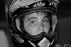Corentin Perolari (Laurent Quérité) Tags: canonfrance canoneos350digital 2roues sportmécanique entrainement motocross saintthibéry hérault france yamaha corentinperolari noirblanck blackwhite portrait