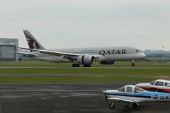 A7-BCO landing. (aitch tee) Tags: qatar qatarairways dreamliner boeing b7878 a7bco landing aviation aircraftspotting cwlegff maesawyrcaerdydd walesuk