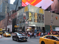 Weird Automat McDonald's Fast Food Restaurant 8344 (Brechtbug) Tags: automat mcdonalds fast food restaurant billboard times square broadway midtown manhattan west foods restaurants 2019 new york city nyc may spring 05172019 building exterior facade architecture inns burger joint hamburger hamburgers line queue eats gourmet like foodstuffs cheap now open but flat paper surface possible location future fake automats