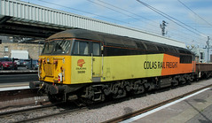 Class 56: 56090 Colas Rail Freight Newcastle Central (emdjt42) Tags: colasrailfreight class56 56090 newcastlecentral