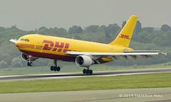 DHL A300 ~ D-AEAN (© Freddie) Tags: luton bedfordshire lutonairport ltn eggw ltneggw airbus a300 dhl daean fjroll ©freddie