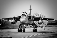 XX840 / EY - Sepecat Jaguar T4 - No. 6 Squadron, RAF (KarlADrage) Tags: xx840 ey sepecatjaguart4 6sqn 6squadron raf royalairforce egxc rafconingsby jag blackandwhite monochrome chute brakechute