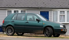 P896 OKK (Nivek.Old.Gold) Tags: 1997 volkswagen golf 5door 1391cc