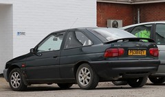 P538 KEY (Nivek.Old.Gold) Tags: 1997 ford escort cl 16v 3door 1597cc carsofprestatyn