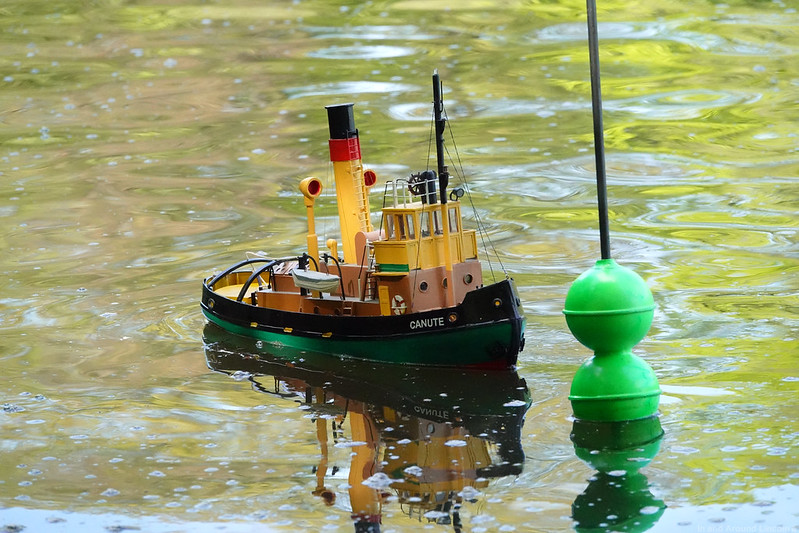 Visually Reversed Sailing