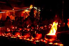 DSC_4390 (Kyp-chan) Tags: thailand chiangmai เชียงใหม่ temple watsisuphan วัดศรีสุพรรณ silvertemple flame fire prayer prière feu travel voyage