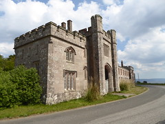 Large gatehouse (seanofselby) Tags: castle toward harbour lodge gatehouse gargoyles