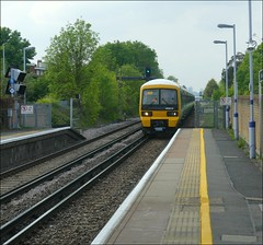 Southeastern Train No. 465039 approaches the up-platform at Belvedere (Didimendum) Tags: southeastern train 465039 upplatform belvedere haulage rail railway class465 railwaystation