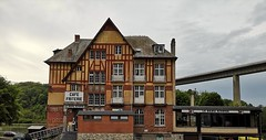Grand Hotel Beau Rivage (Berliner1963) Tags: belgien wallonie dinant hotel grandhotel beaurivage architektur architecture brücke bridge autobahn haus building