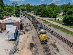 UP 1148 | EMD GP60 | UP Memphis Subdivision (M.J. Scanlon) Tags: business capture cargo commerce cottonbelt dji digital drone emd engine freight gp60 horsepower job61 lwt61 landscape locomotive logistics mjscanlon mjscanlonphotography mavik2 mavik2zoom merchandise mojo move outdoor outdoors photograph photographer picture quadcopter rail railfan railfanning railroad railroader railway ssw ssw9671 scanlon stlouissouthwesternrailway super track train trains transport transportation up1148 up1973 uphelenasub uphelenasubdivision uplwt61 upmemphissub upmemphissubdivision unionpacific wow wynnelocal ©mjscanlon ©mjscanlonphotography
