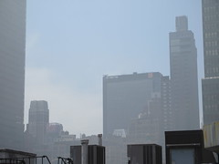 2019 Sunday Morning Hazy Smoke from Fire in Times Square 8823 (Brechtbug) Tags: 2019 sunday morning hazy smoke from fire times square virtual clock tower turned off hells kitchen clinton near broadway nyc 05192019 new york city midtown manhattan spring springtime weather building dark low hanging cumulonimbus cumulus nimbus cloud hell s nemo southern view smells pretty bad