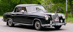 1958 Mercedes-Benz 220 S Coupé (Gösta Knochenhauer) Tags: 2016 may stockholm sverige sweden capital djurgården gärdesloppet prins bertil memorial car veteran prince schweden suède svezia suecia panasonic lumix fz1000 dmcfz1000 p9040575 p9040575nik nik 1958 mercedesbenz mercedes benz 220s coupé voiture coche vehicle leica lens