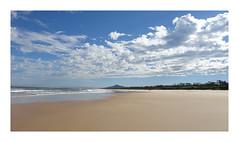 My favorite place in the world : Mylestom / NSW / Australia (Tostaky2) Tags: nsw australia australie plage beach sand sable vagues ciel sky nuages cloud repton mylestom ocean eau water