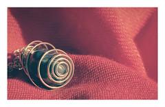 #MacroMondays / #Spiral (Tostaky2) Tags: macromondays spiral macro spirale tissus color couleur bijou pendentif pierre