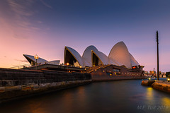 Twilight @ Sydney Opera house (Marcel Tuit | www.marceltuit.nl) Tags: schemering kamperen downunder oceanie australia city canon newsouthwales vakantie holland metropole australie bluehour twilight metropool eos haven oceania thenetherlands sunset me operahouse harbor sydneyharbor vacation blauweuur architectuur rondreis holiday wwwmarceltuitnl sydneyoperahouse marceltuit architecture stad travel zonsondergang metropolis southernhemisphere nederland roadtrip contactmarceltuitnl sydney harbour zuidelijkhalfrond