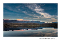 The end of the day (Ignacio Ferre) Tags: embalsedelpontónalto segovia españa spain lagranjadesanildefonso lagranja realsitiodelagranjadesanildefonso paisaje landscape sunset anochecer reflejo reflection sierradeguadarrama nubes clouds nikon naturaleza nature sanildefonso ngc