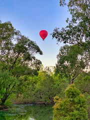 Red Balloon in the Morning (simonmgc) Tags: