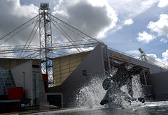 Tom Finney statue and Preston North End Football Stadium (Tony Worrall) Tags: deepdale preston lancs lancashire city welovethenorth nw northwest north update place location uk england visit area attraction open stream tour country item greatbritain britain english british gb capture buy stock sell sale outside outdoors caught photo shoot shot picture captured ilobsterit instragram photosofpreston pne stadium football soccer prestonnorthend whites architecture building