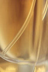 (Christelle Diawara) Tags: christellediawara macro macromondays pastel flacon parfum guerlain shalimar