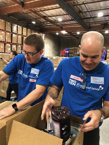 """LA Footwear Cares volunteers at the LA Regional Food Bank • <a style=""""font-size:0.8em;"""" href=""""http://www.flickr.com/photos/45709694@N06/40649316333/"""" target=""""_blank"""">View on Flickr</a>"""