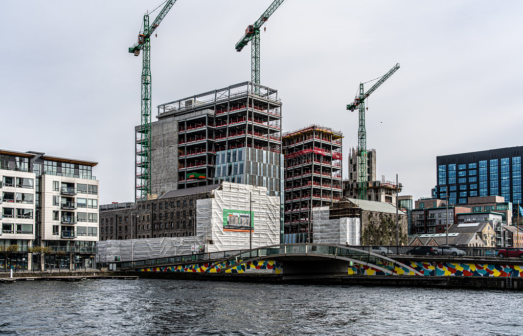 GRAND CANAL SQUARE AND NEARBY [DUBLIN DOCKLANDS]-151603