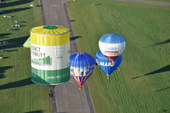 Special shape 00-BZH (Tom_bal) Tags: nikon d90 hor air balloon flying france metz aviation