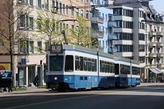 2019-04-15, Zürich, Schaffhauserstrasse (Fototak) Tags: tram strassenbahn tram2000 zürich switzerland vbz fahrschule 2030 2062