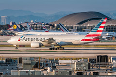 [LAX.2019] #American.Airlines #AA #Boeing #B777 #N798AN #awp (CHRISTELER / AeroWorldpictures Team) Tags: americanairlines aa aal us airliner msn30797324 engines rr trent n798an fleet number 7bg plane aircraft airplane avion spotter aeroworldpictures awp team avgeek christeler planespotting spotting losangeles airport lax klax ca california usa photo photographer nikon d300s nef raw nikkor 70300vr lightroom sunset 2019