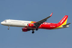ThaiVietjetAir (maidensphotography) Tags: airport airways airbus airlines airline aircraft aviation airliners canon camera cute dslr flicker flickr suvarnabhumiairport bangkok thailand planespotter planespotting