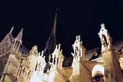 That was Notre Dame de Paris (Max Sat) Tags: 135 38mm analog film flèche fuji fujiklasses fujinon klasse kodak maxsat maxwellsaturnin notredamedeparis paris portra portra800 superebc38mmf28 violletleduc