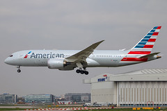 American Airlines - Boeing 787-8 Dreamliner N815AA @ London Heathrow (Shaun Grist) Tags: aa46 aa americanairlines american boeing 787 7878 dreamliner shaungrist n815aa lhr egll london heathrow londonheathrow airport airline aircraft aeroplane aviation avgeek landing 27l