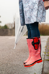 The Perfect Wellies for Wide Calves - Spring Showers Outfit, Over 40 Fashion | Not Dressed As Lamb, over 40 fashion blog (Not Dressed As Lamb) Tags: rain rainy raining weather umbrella wet spring florals wellies wellington boots welly outfit ootd fashion style