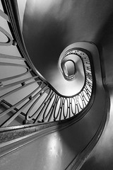Spiral Staircase (Karen_Chappell) Tags: travel stairs staircase steps spiral architecture geometry geometric railing abstract bw blackandwhite oval circular building interior hotel chicago usa illinois city urban perspective up wideangle fisheye canonef815mmf4lfisheyeusm
