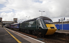 43098 Exeter St Davids 03/04/2019 (Flash_3939) Tags: 43098 43022 class43 hst highspeedtrain gwr greatwesternrailway mixed liveryset exeterstdavids exd 1a79 station fosw rail railway train uk april 2018