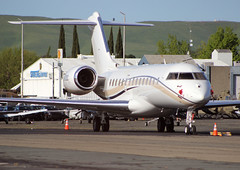 N433DC Private Bombardier BD-700-1A10 Global Express (BayAreaA380Fan Photography) Tags: privatejet businessjet jet bombardier bombardierglobalexpress cessna cessna172 planespotting aircraft airplane