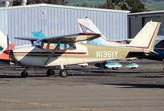 N1361Y Private Cessna 172C Skyhawk (BayAreaA380Fan Photography) Tags: privatejet businessjet jet bombardier bombardierglobalexpress cessna cessna172 planespotting aircraft airplane