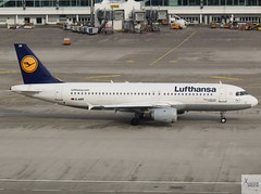 Lufthansa A320-211 D-AIPF taxiing at MUC/EDDM (AviationEagle32) Tags: munichairport munchen munich muc flughafenmunchen flughafenmunich flughafen franzjosefairport franzjosef eddm germany deutschland airport aircraft airplanes apron aviation aeroplanes avp aviationphotography avgeek aviationlovers aviationgeek aeroplane airplane planespotting planes plane flying flickraviation flight vehicle tarmac lufthansagroup lufthansa staralliance airbus airbus320 a320 a320200 a322 a320211 daipf