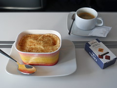 201903086 LH404 FRA-JFK dinner (taigatrommelchen) Tags: 20190414 flyingmeals airplane inflight meal food dinner business dlh lufthansa lh404 b747800 dabyn frajfk