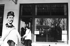 Dijon&Palais Idéal (Madilyan) Tags: film filmphoto filmphotography filmfeed filmisnotdead france dijon analog analogworld analogphotography analogphoto adox adox100 adoxsilvermax100 palaisidéal bw blackwhite bwphoto blackwhitephotography monochrom