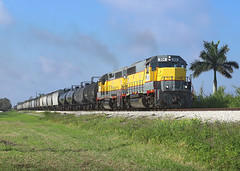 504 + 502, Canal Point FL, 4 March 2019 (Mr Joseph Bloggs) Tags: usa united states america ussc sugar corporation scfe south central florida express emd gp402 gp40 electro motive division clewiston bryant freight cargo merci railway railroad fort pierce local 504 502