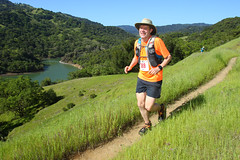 Lake Sonoma 2018 9 (Mike Weston) Tags: unitedstates california lakesonoma running trail 2018 grass lake water