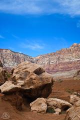 DSC_0557 (classic77) Tags: giant boulders desert