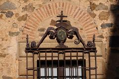 Caceres, Patrimoine de l'Humanité (hans pohl) Tags: espagne estrémadure caceres architecture fer forgé fenêtres windows façades pierres stones